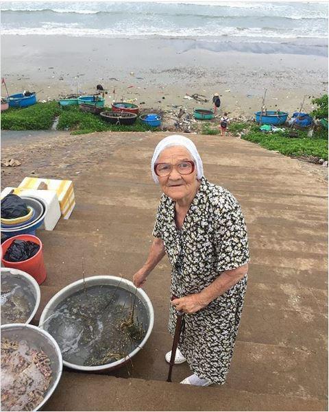 مادربزرگ جهانگرد روس