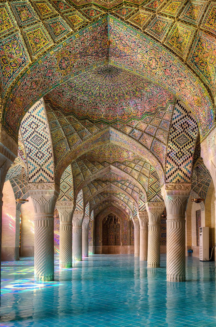 1__hamgardi_The-Magic-of-Colors2__880