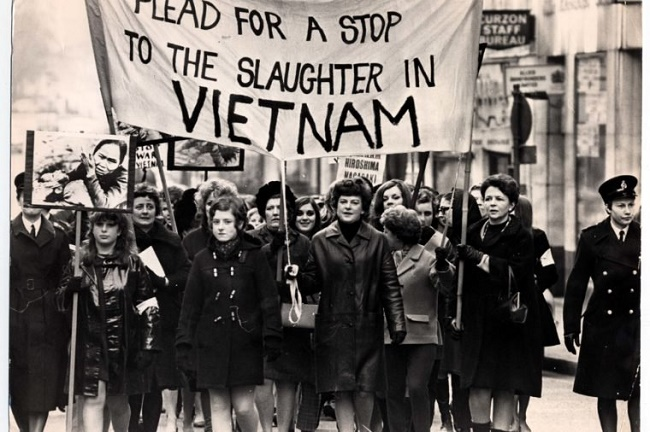 6_demonstrations-1968-jan-jun-anti-vietnam-war-protest-march-carrying-their-banner-reading-the-women-of-great-britain-plead-for-a-stop-to-the-slaughter-in-vietnam-more-than-400-women-march-alon-760x506