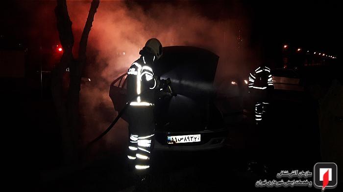 آتش سوزی خودرو در شهرک ولی عصر(عج)