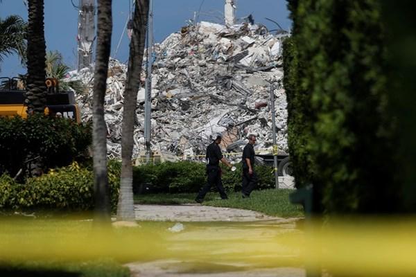 ریزش ساختمان فلوریدا