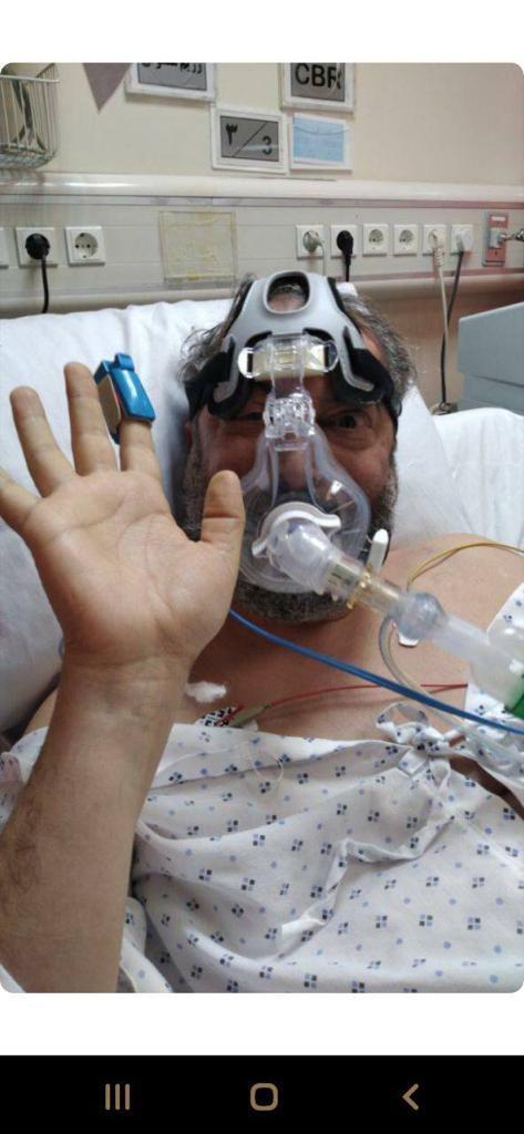 آخرین عکس میناوند در بیمارستان