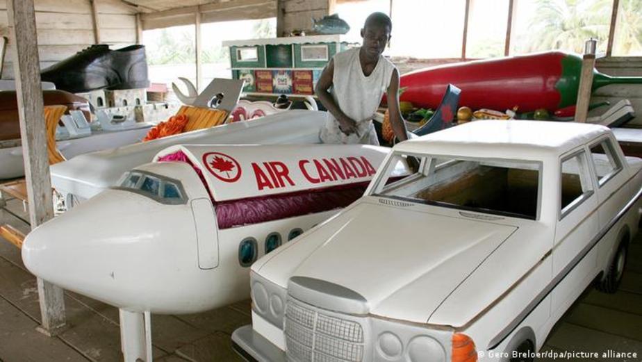 تابوت هواپیما و ماشین