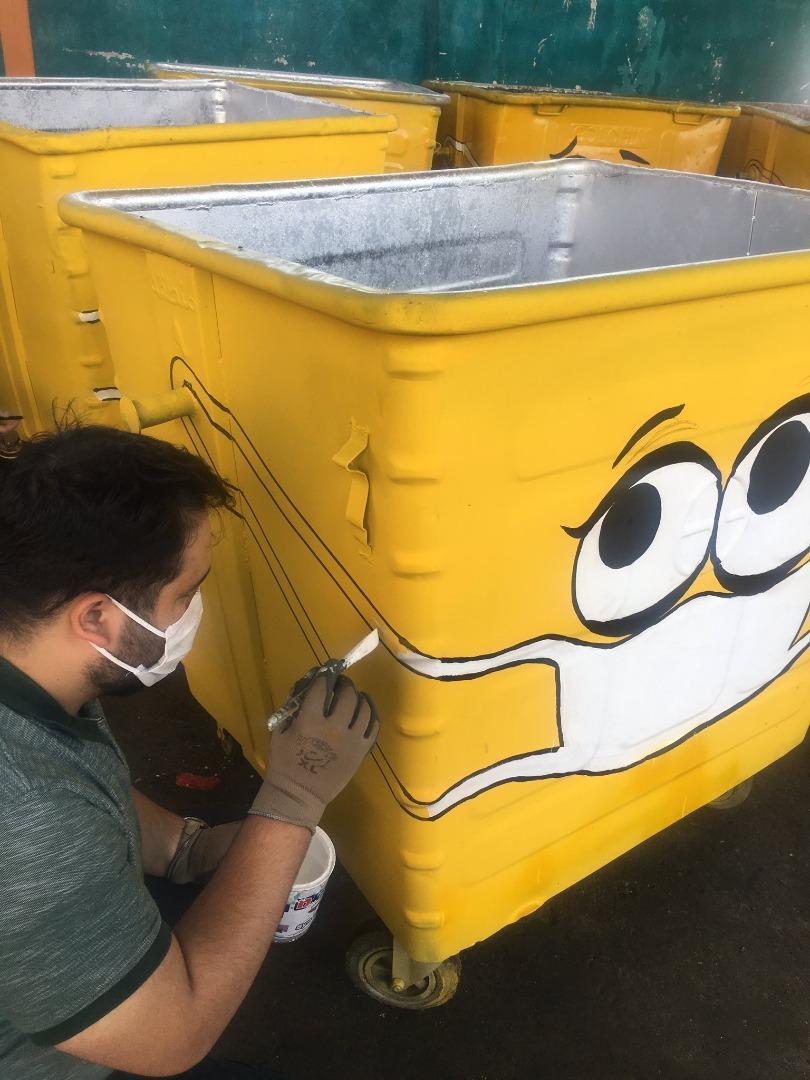 سطح زباله و رنگ آمیزی