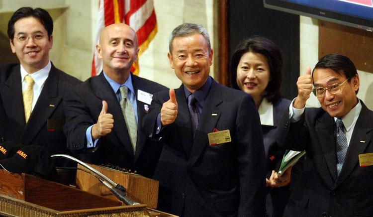 کاگماسا کازوکی / ۱.۱ میلیارد دلار