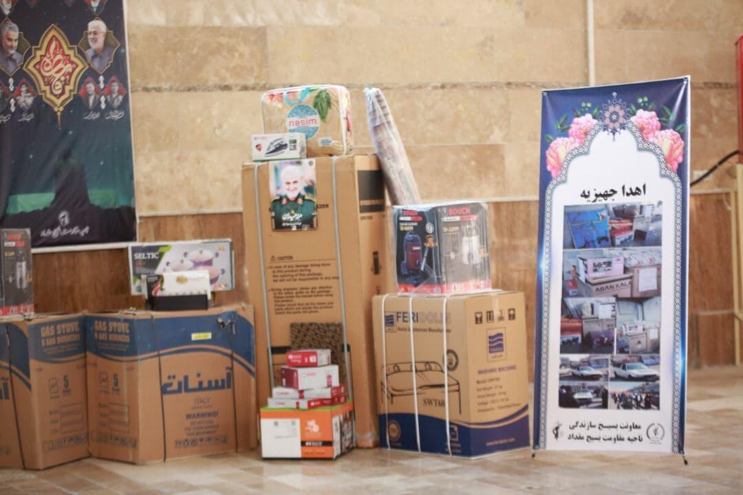 توزیع ۱۰۰۰ بسته معیشتی در میان مردم توسط  سپاه ناحیه مقاومت بسیج