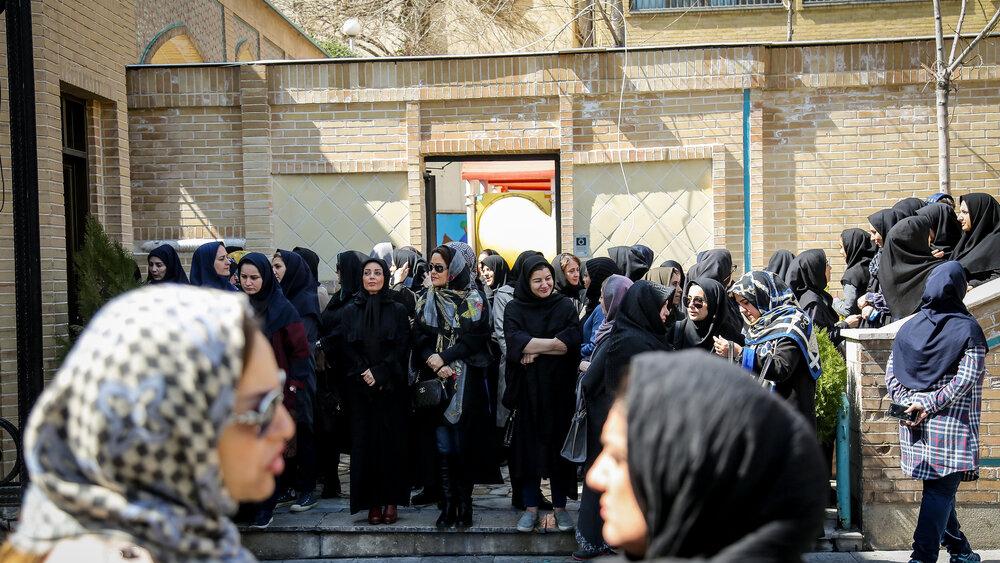 تجمع اعتراضی نسبت به ساخت غیرمجاز مجتمع مسکونی در زعفرانیه