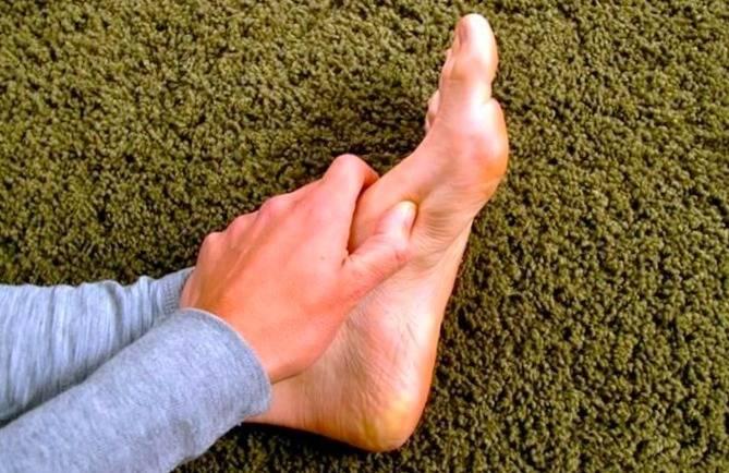 فشار در ناحیه پا