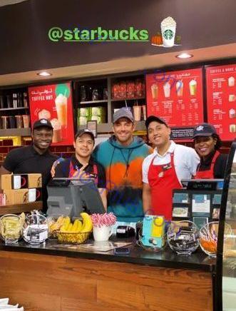 ستاره سینما در کافه مشهور/عکس