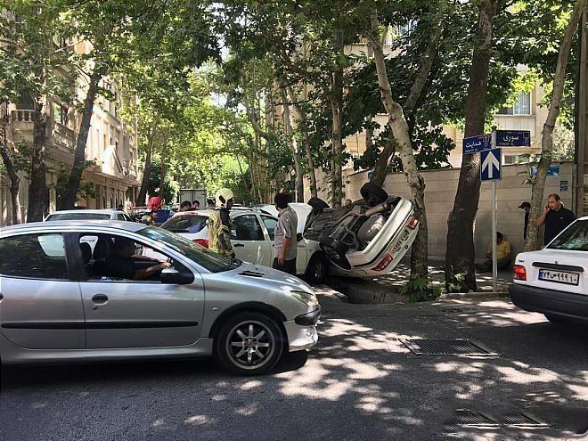 تصادف در خیابان پاسداران