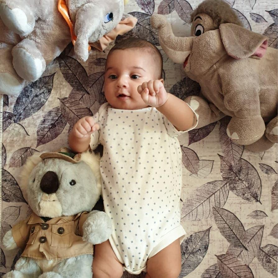 مهرسام 6 ماهه