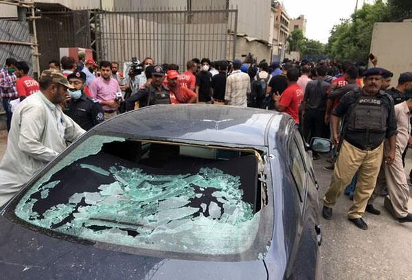 حمله به کراچی (2)