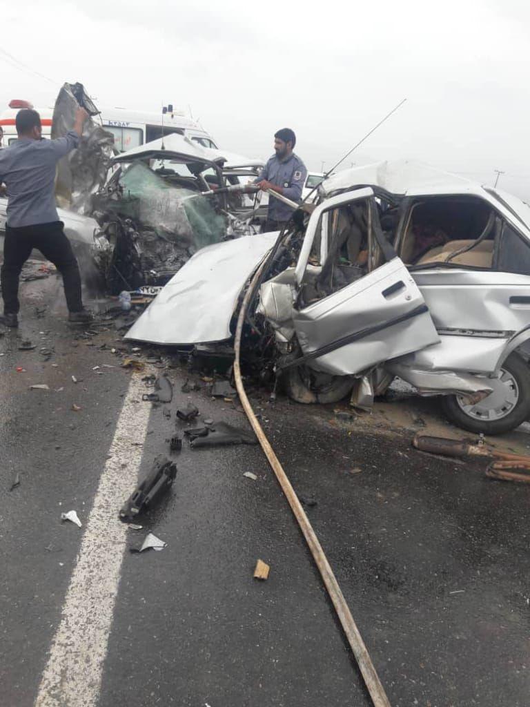 تصادف پژو پارس با پژو 405 در کرمان