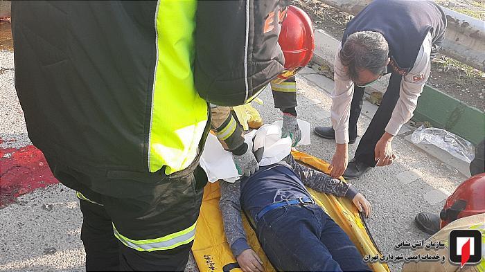 مرگ دلخراش پسر نوجوان در حادثه واژگونی وانت بار