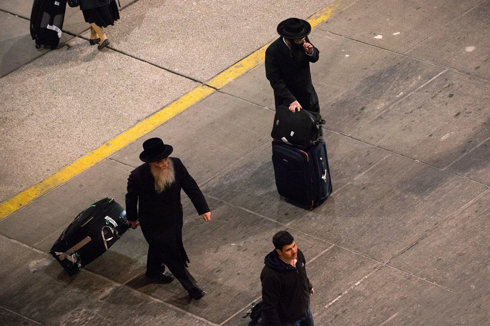 رفتارهای عجیب و جنجالی یهودیان افراطی