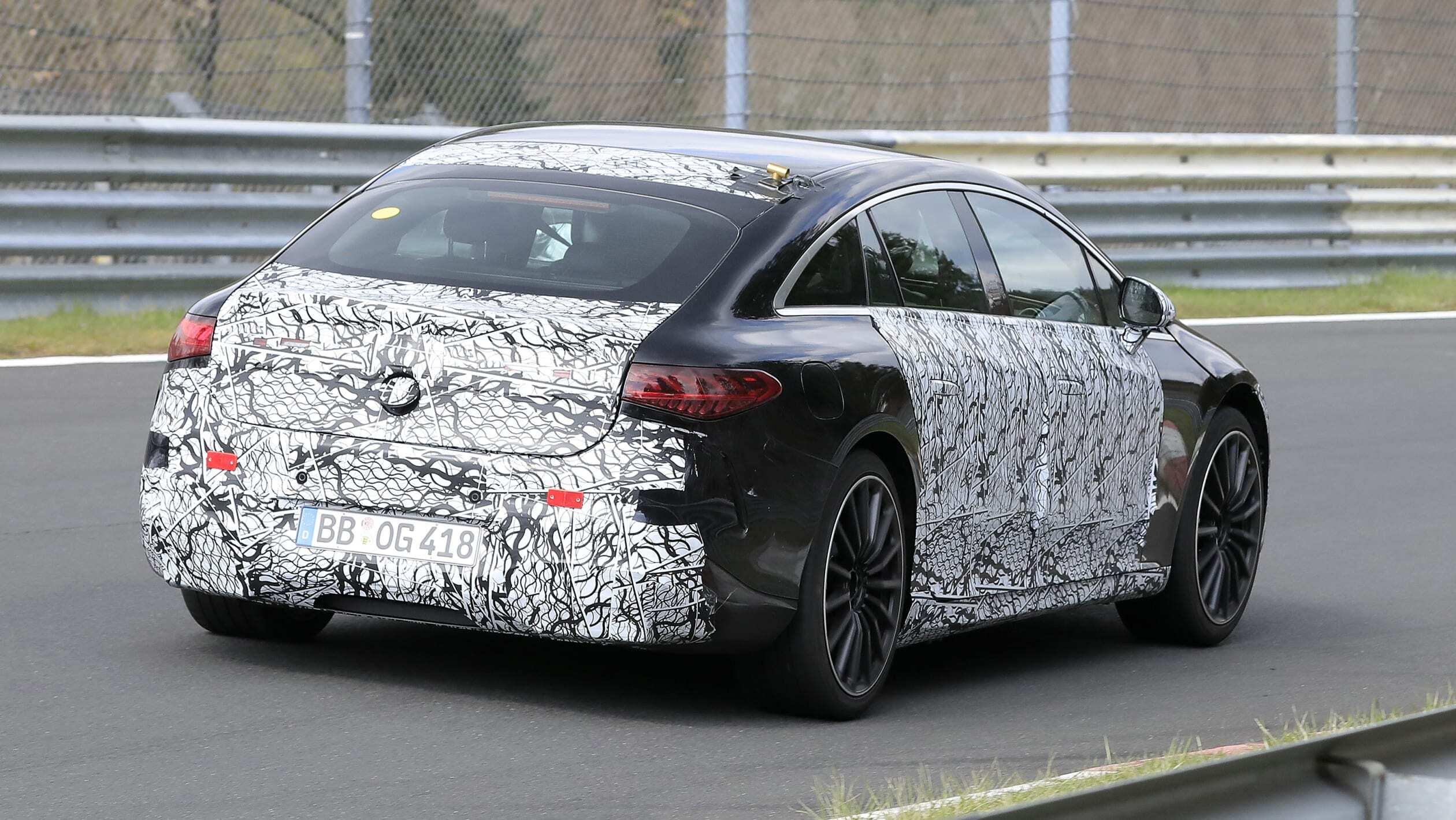 اطلاعات فنی خودرو AMG EQS