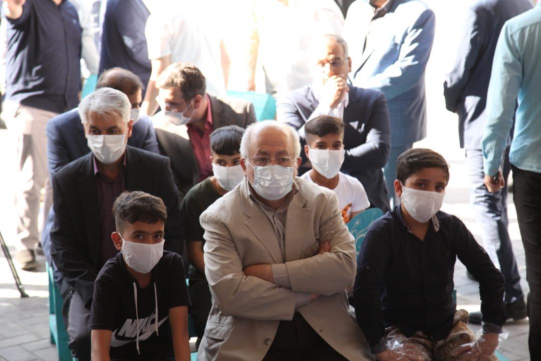 اجرای برنامه روزجهانی کودکانکار در ایوان انتظار