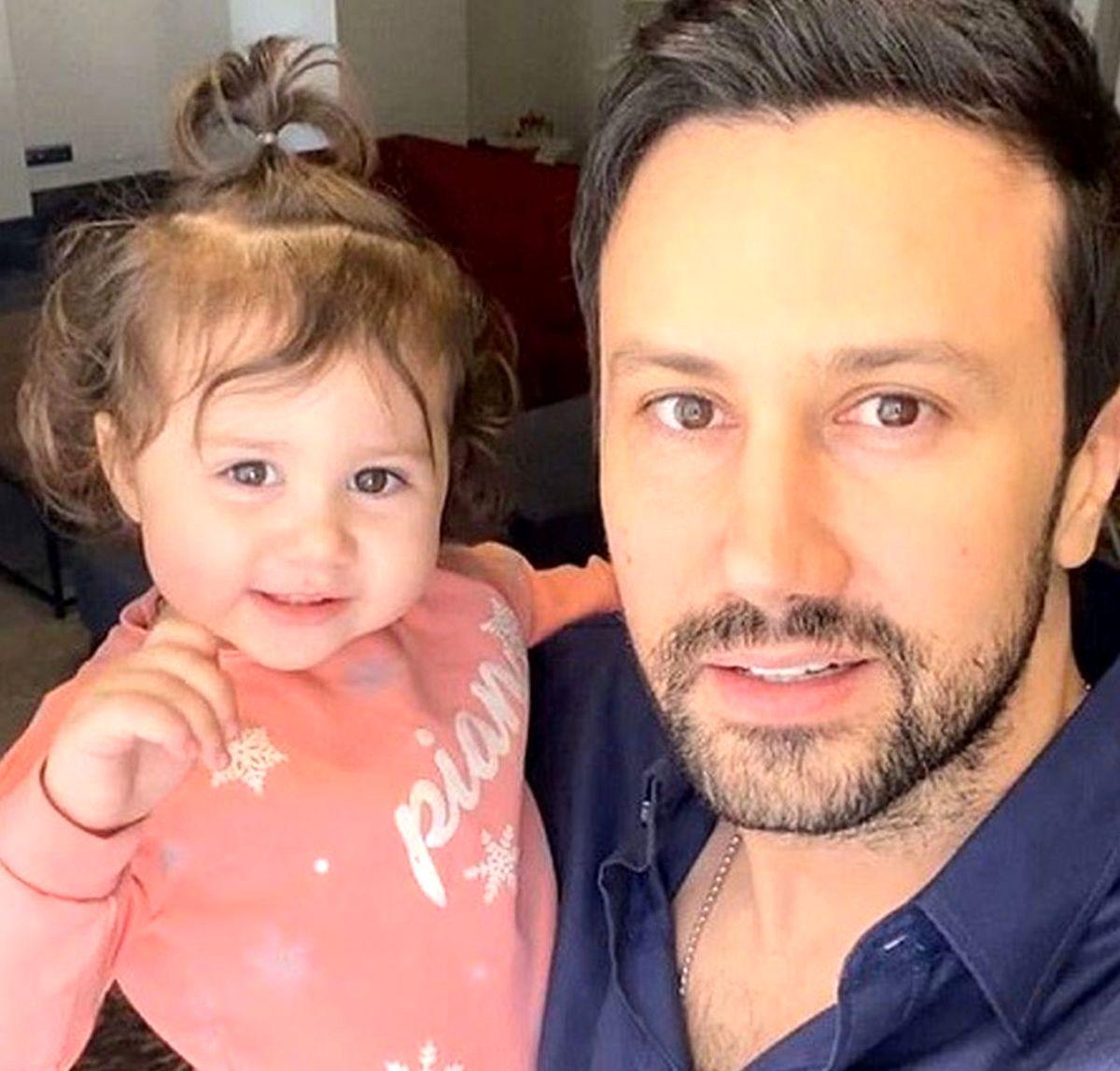 شاهرخ استخری با دخترش