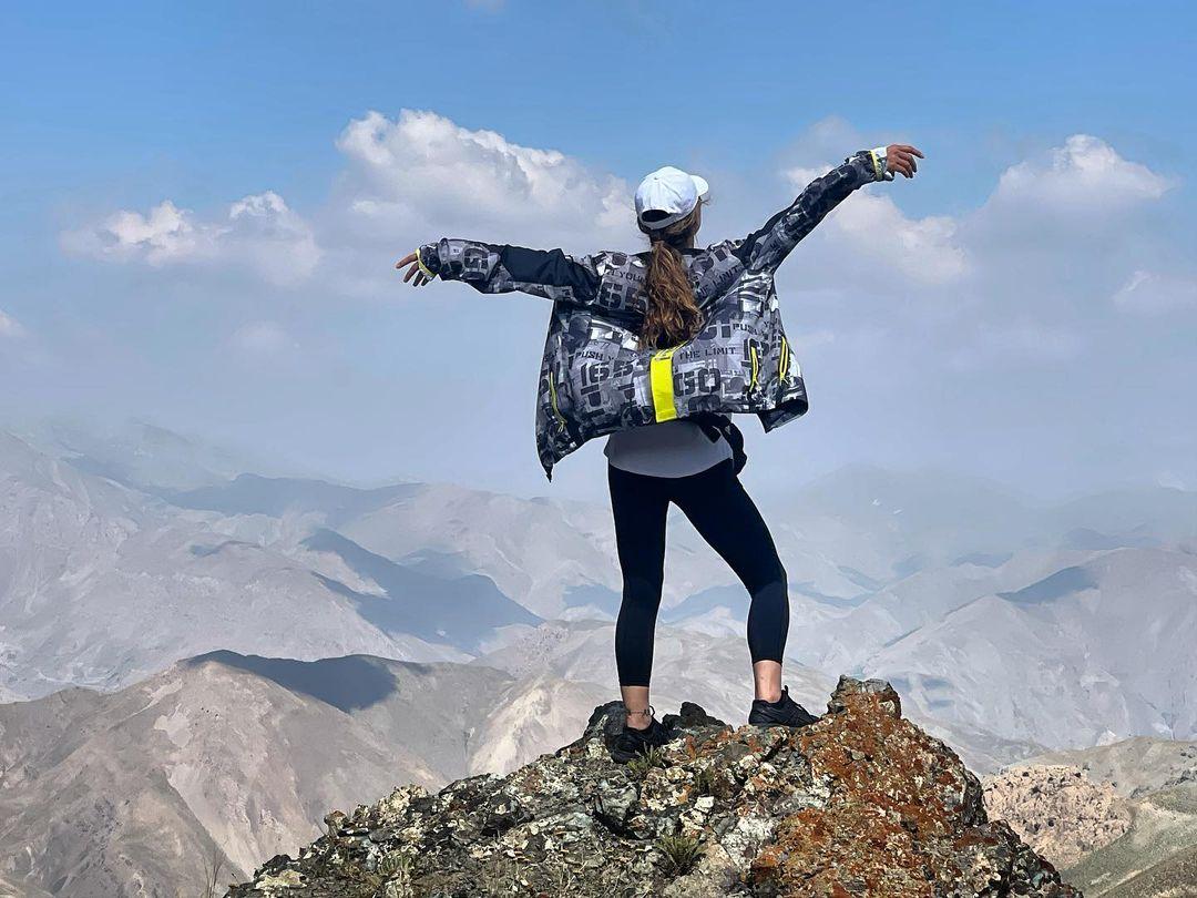 کوهنوری آنا نعمتی
