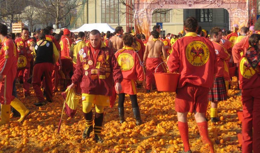 جشنواره پرتاب اشیا