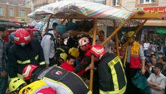 سقوط کارگری به گوال ۱۷ متری در تبریز + عکس