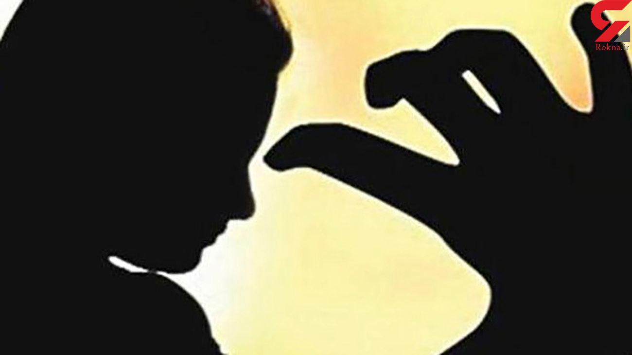 آزار شیطانی زن مسافر توسط راننده اتوبوس / او زندانی شد / هند
