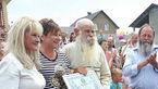 شهرت عجیب خانواده 340 نفره این پیرمرد اوکراینی + عکس