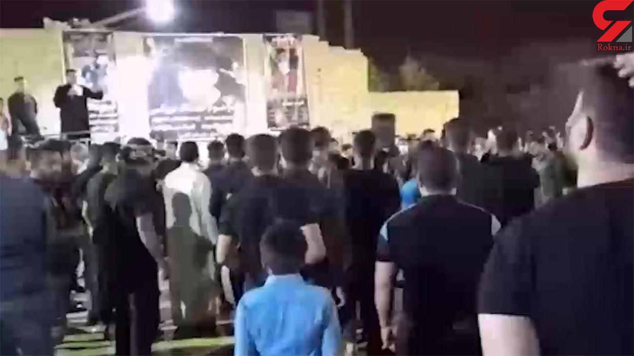 فیلم تیراندازی های هولناک در مراسم فاتحه خوانی آبادان / از کرونا نمی ترسند