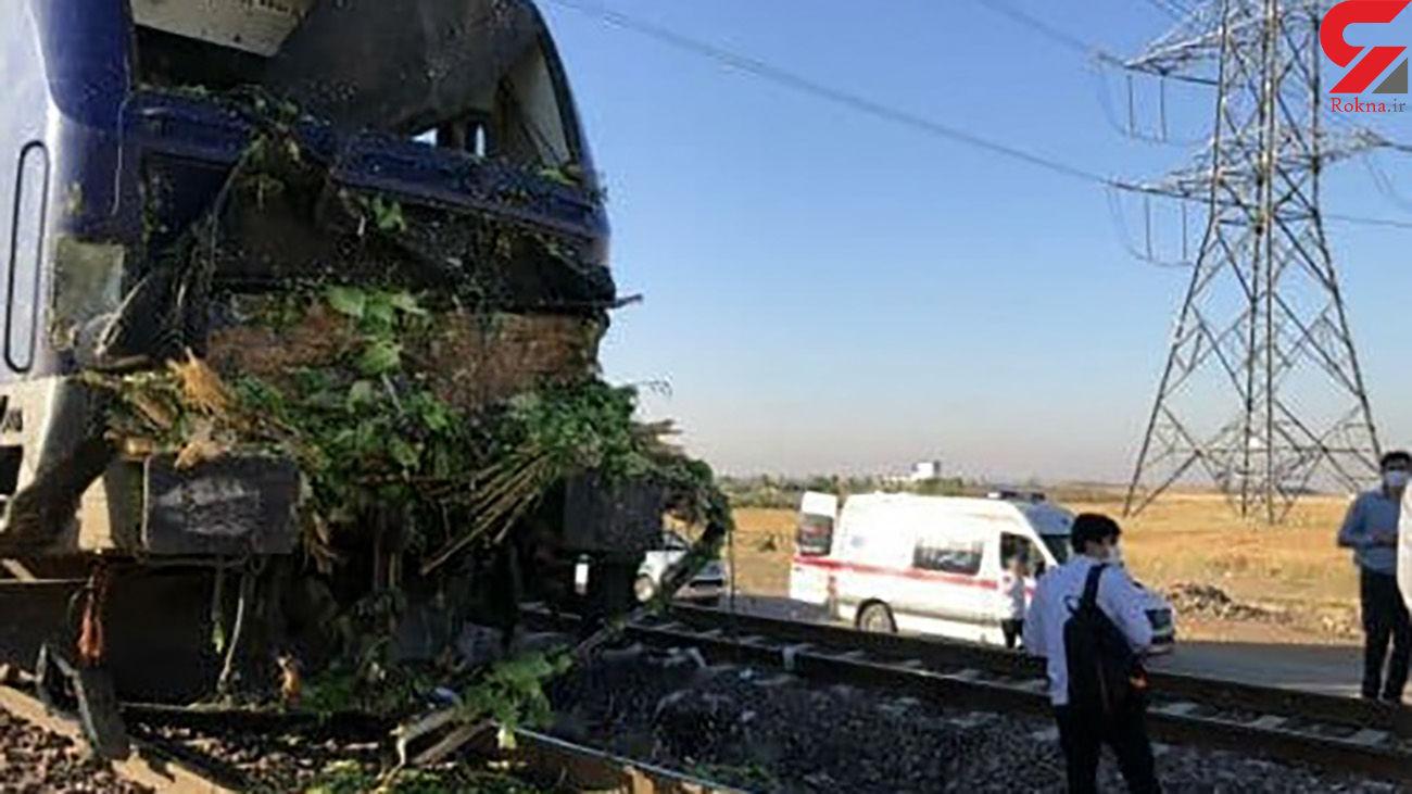 تصادف مرگبار قطار و کامیون در قزوین / مرد 40 ساله جان باخت + عکس ها