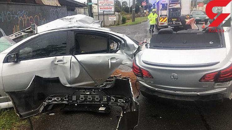 تصاویر عجیب خودرویی لوکس که در تصادف نصف شد