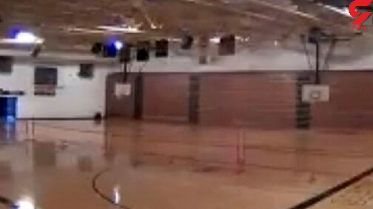 رعد و برق این سالن ورزشی را ترکاند + فیلم