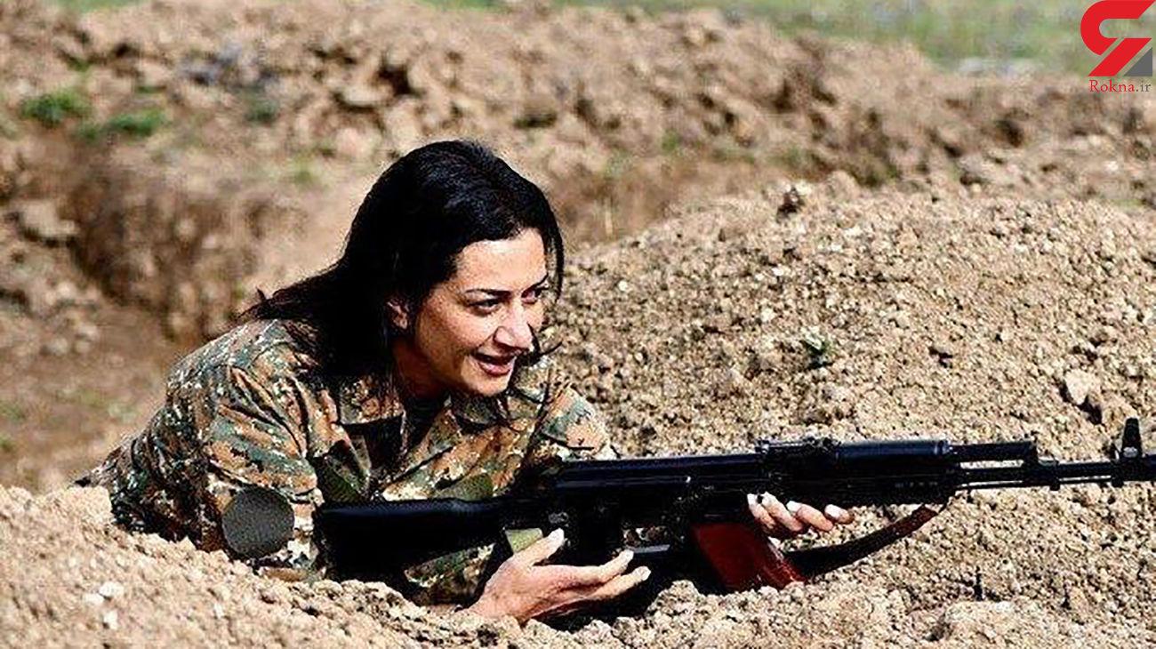 همسر نخست وزیر ارمنستان دست به اسلحه شد