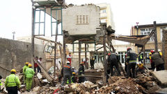 تخریب کامل خانه 3 طبقه در باکدشت به خاطر انفجار مهیب+ عکس