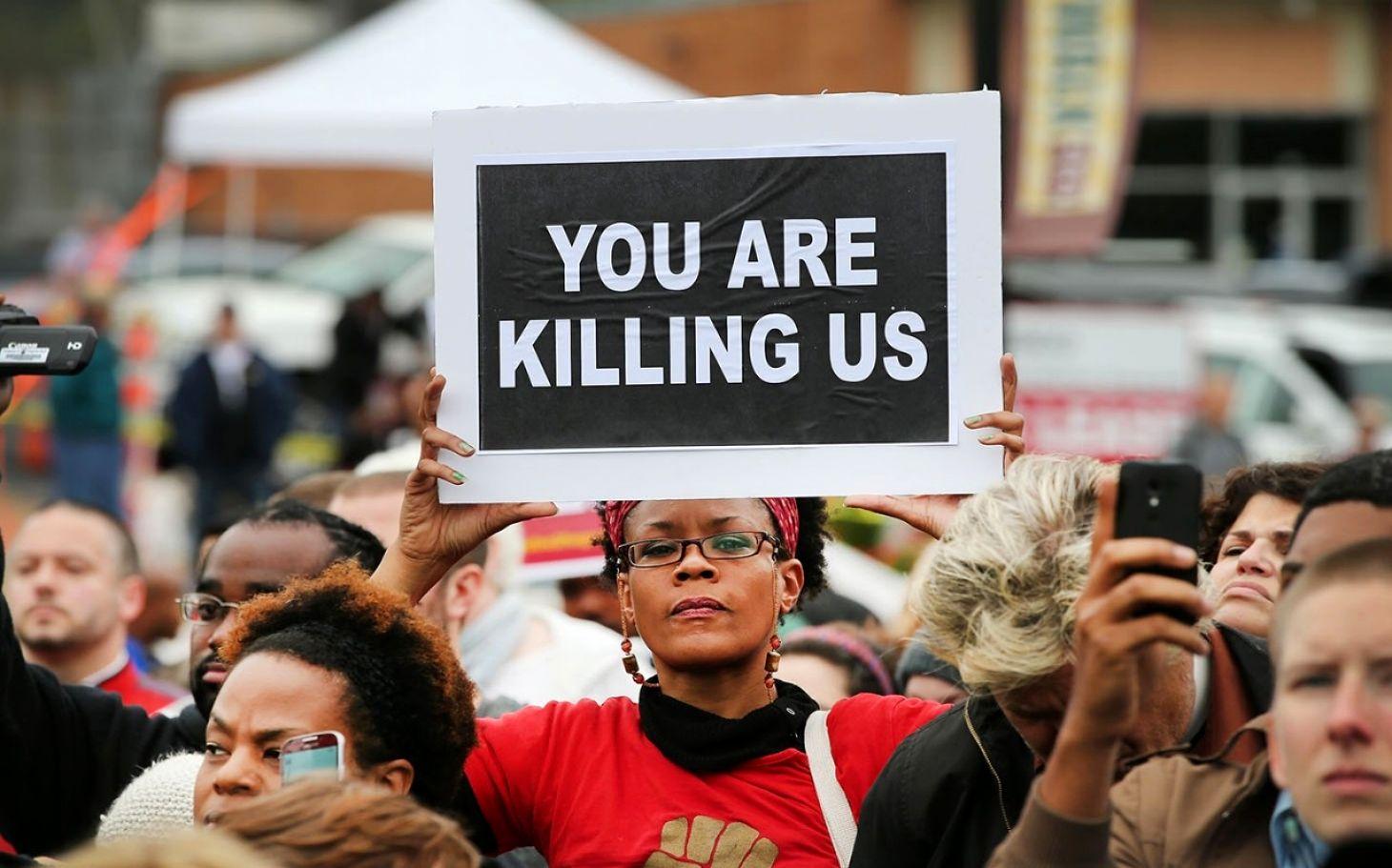 کشتار سیاهان به دست پلیس آمریکا اپیدمی ناتمام/به قتل رسیدن ۶۷ نفر از شهروندان سیاه پوست با شلیک مستقیم گلوله پلیس آمریکا