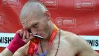 پسر بی خانمان به جای دونده واقعی طلا گرفت + عکس