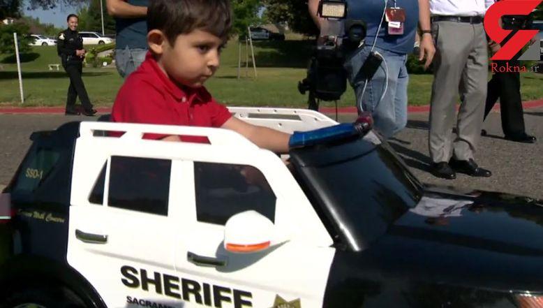 مهربانی پلیس برای پسر 4 ساله بیمار+عکس