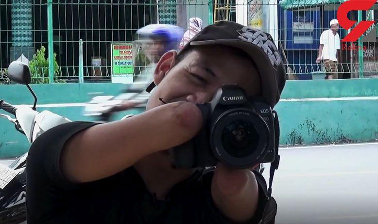 عکاس حرفهای که با دهان عکس میگیرد + فیلم