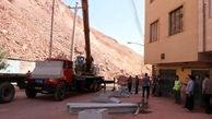نصب دیوار بتنی در محل ریزش کوه در باغمیشه تبریز + عکس