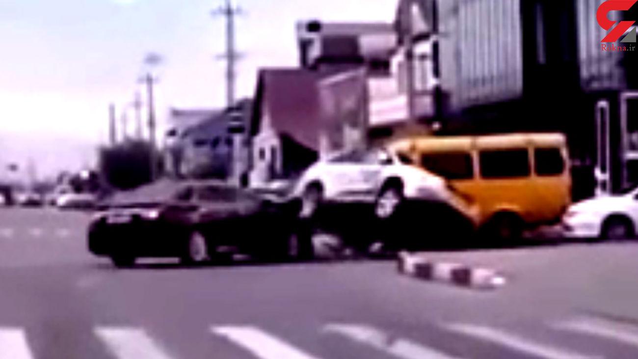 فیلم فاجعه مرگبار / 3 نفر در خودروی لاکچری دردم فوت کردند