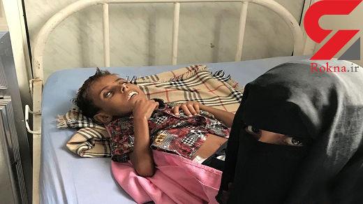سلفی تلخ مادر قبل از مرگ بچه اش بر اثر گرسنگی +تصاویر