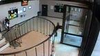 ببینید / حمله به پلیس در ساختمان کلانتری + فیلم و عکس