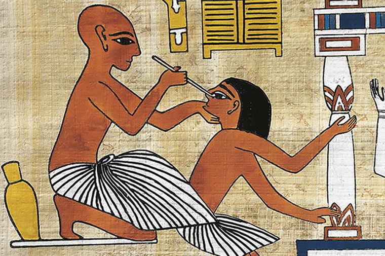 روشهای درمانی عجیب در طول تاریخ + تصاویر