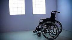 زندانی شدن یک معلول ویلچری بخاطر ۵ میلیون تومان / در بیرجند رخ داد + سند