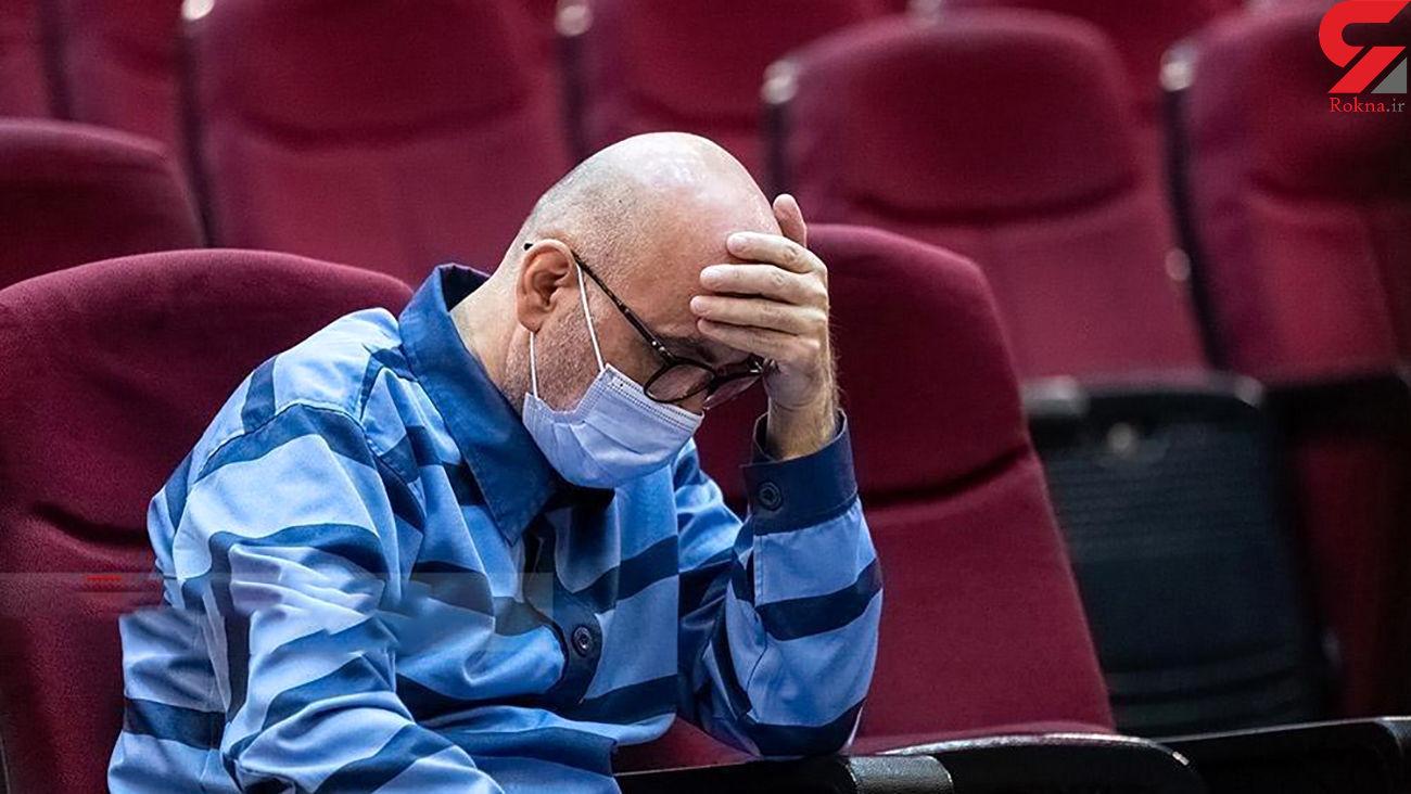 31 سال زندان برای طبری / یک هزار میلیارد ریال جریمه در حکم طبری