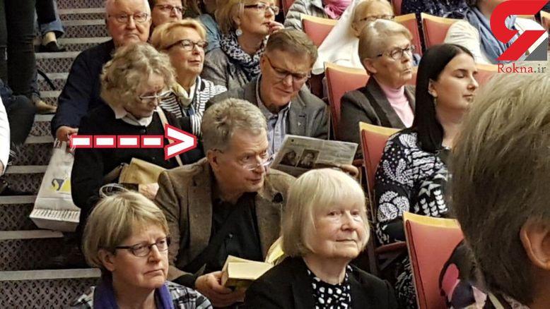 وقتی آقای رئیس جمهور جا برای نشستن ندارد/ عکسی که سوژه رسانه ها شد