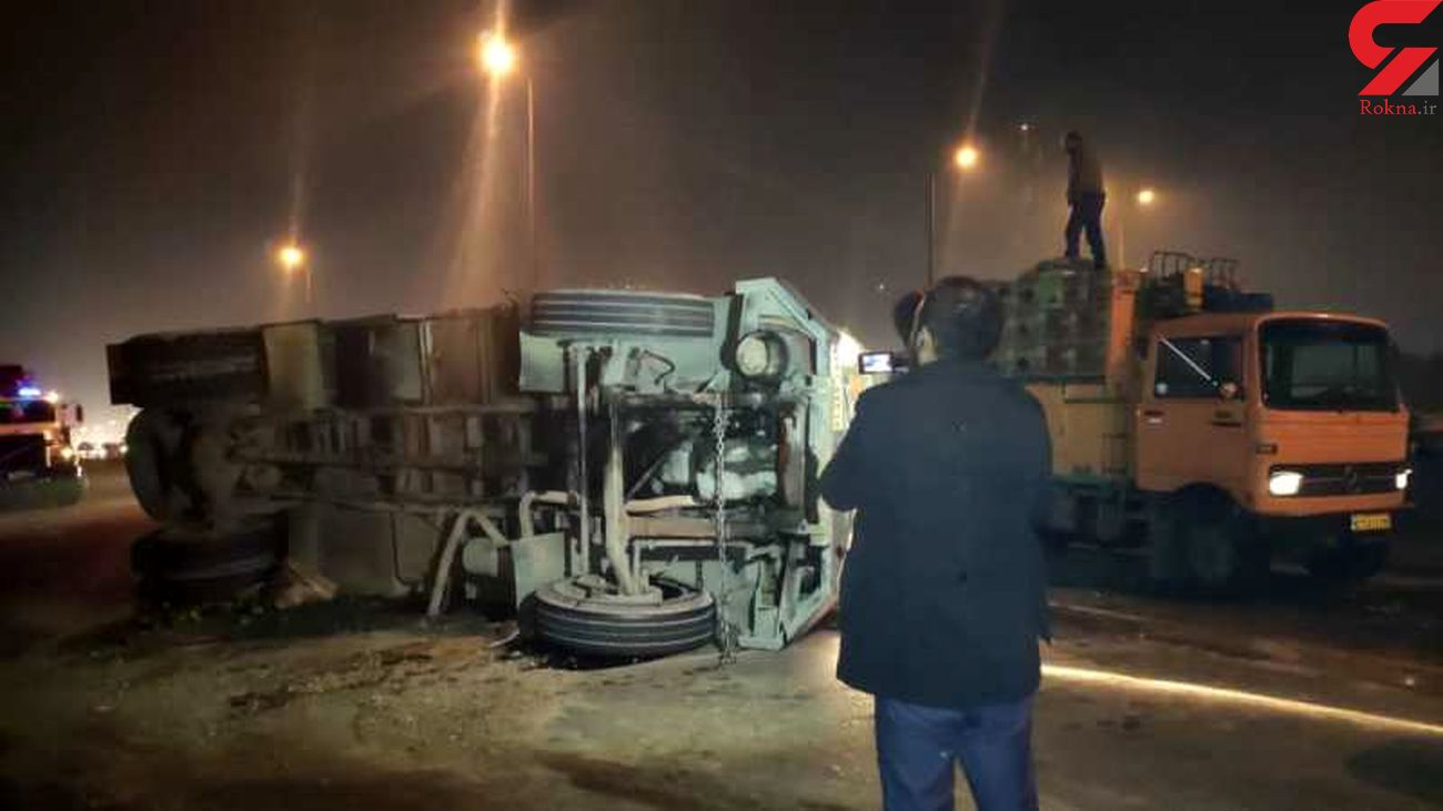 واژگونی کامیون در بزرگراه فتح / بامداد امروز رخ داد + عکس ها