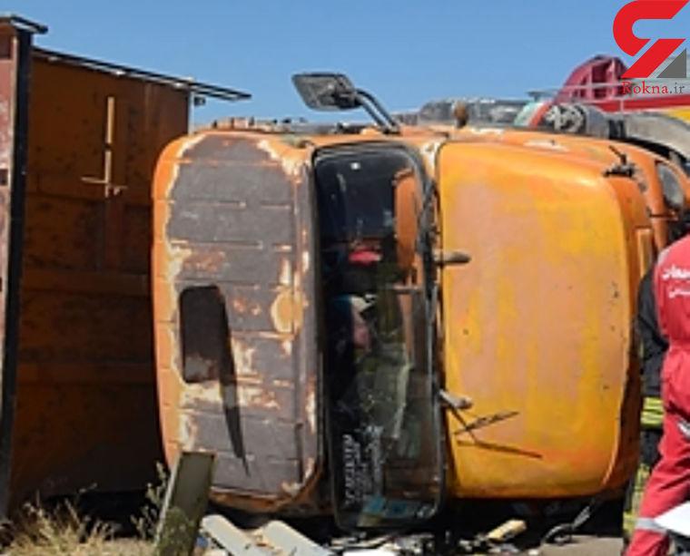 تصادف مرگبار کامیون با ال 90 در اردکان