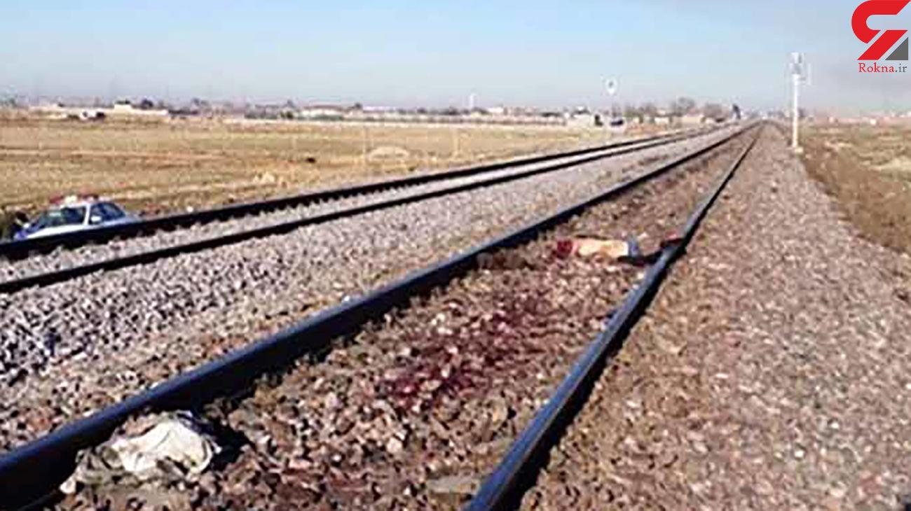 قطار کرج مرد جوان را زیر چرخ هایش له کرد