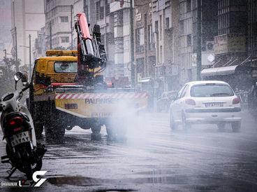 بارش اولین برف پاییزی در تهران + عکس ها