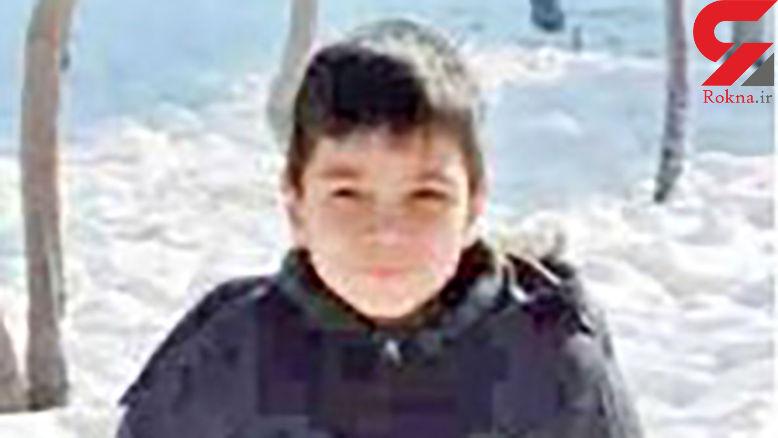 سهیل کوچولو چگونه مقابل چشمان پدرش جان باخت / مادر این بچه شوکه شده است+ عکس